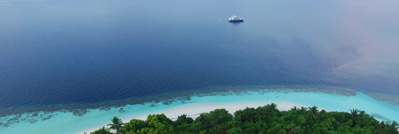 Manta Cruise Liveaboard
