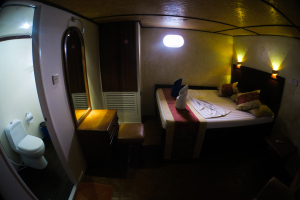 Double Room - Manta Cruise Liveaboard - Twenty Six Atolls