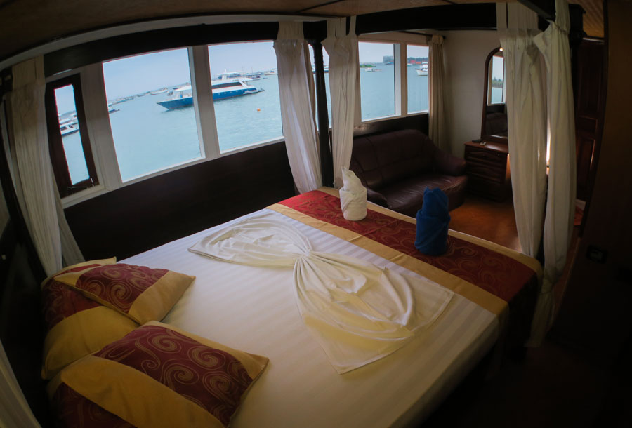 Suite onboard Manta Cruise
